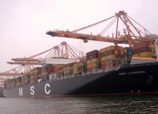 Salalah berths largest container ship