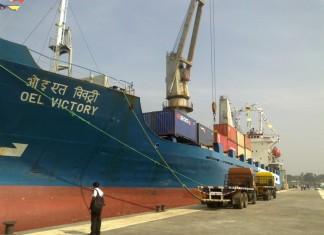 Shreyas links up Indian ports