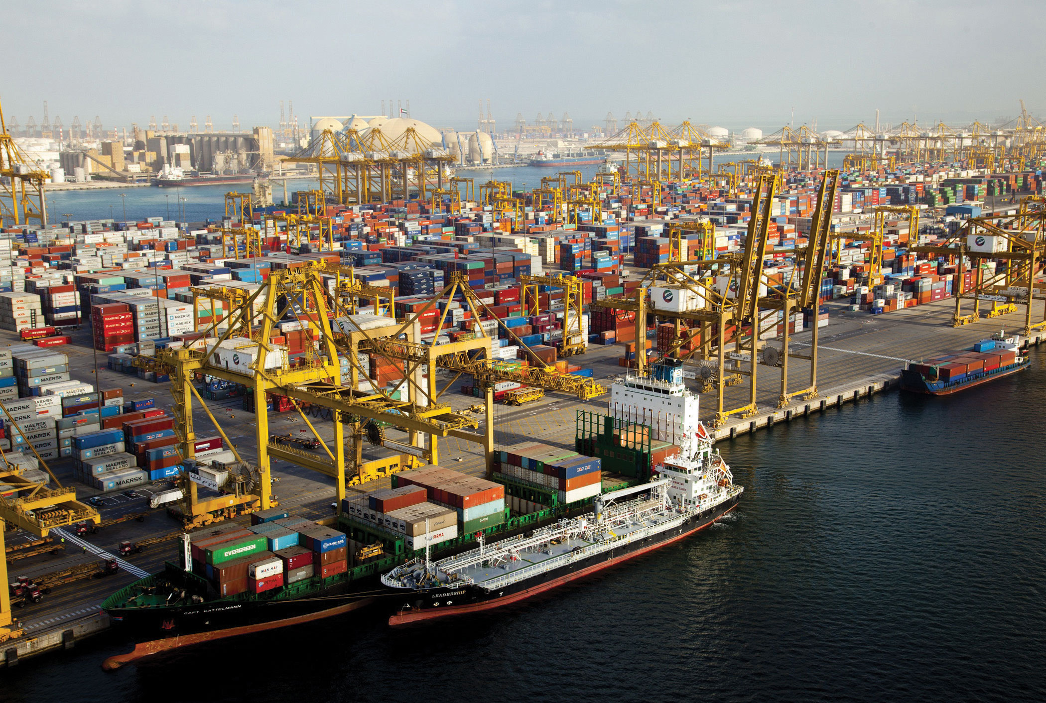 Jebel Ali drives volume growth for DP World - Latest ...