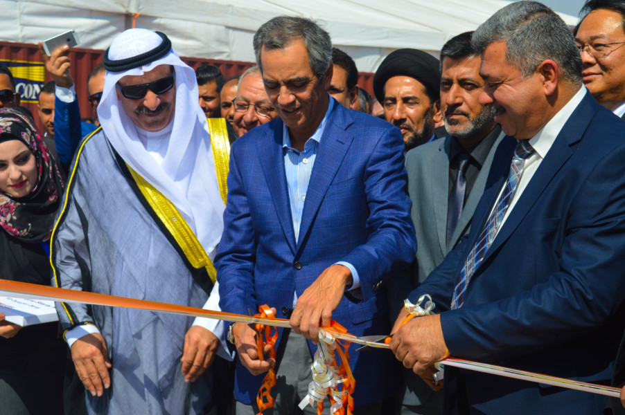 Enrique K. Razon , ICTSI chairman and president, cuts the ribbon marking the formal opening of the BGT expansion area, the first entirely foreign financed port infrastructure project in Iraq