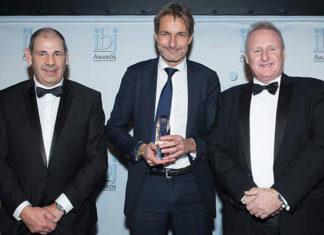 Sohar port chief executive, Mark Geilenkirchen, receiving an award at the IBJ Awards recently