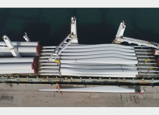 Duqm successfully handled heavy lift components for the Harweel wind farm