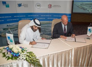His Excellency Sheikh Khaled bin Abdullah bin Sultan Al Qasimi, Chairman of the Department of Seaports & Customs, and Jeffrey Bullock, Secretary of State of Delaware, signed the agreement at the Sharjah Chamber of Commerce