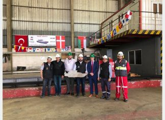 Executives from Sohar Port and Freezone, Svitzer and Besiktas Shipyard at the steel cutting ceremony for the two new pilot boats on November 7th
