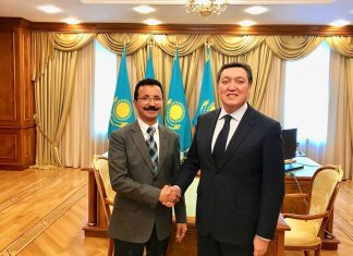 DP World Chairman and Chief Executive, Sultan Ahmed Bin Sulayem, and Kazakhstan's Prime Minister H.E. Askar Mamin recently met in the Kazakh capital Astana.