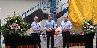 William Winters, centre, at the official opening of the new Fujairah dive centre