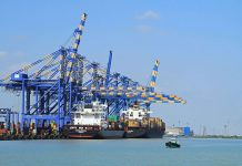 Adani breaks Indian port record