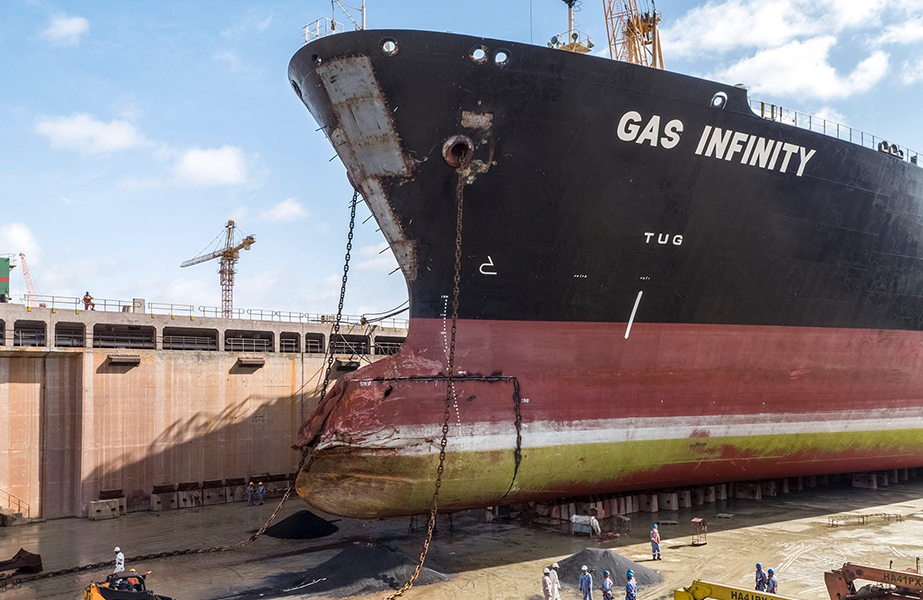 Oman Drydock signs Gurdesan deal - Latest Maritime & Shipping News