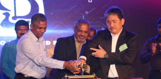 From left to right, Benny Fernando, General Manager (Ship Repair Business), D.V. Abeysinghe, Managing Director and H. Tanaka, Chairman of Colombo Dryddock carrying out the symbolic launch of the the new Rapid Respomse Afloat Repair Service.