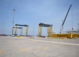 New cranes are being assembled at King Abdullah port