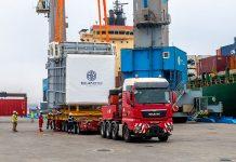 Duqm handles out of gauge cargo