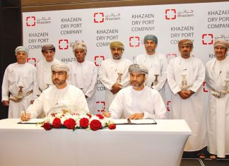 The agreement was signed, on behalf of Khazaen, by Khalid Awadh Al Balushi, CEO of Khazaen Economic City and by Dr. Ahmed Mohammed Al Abri, CEO of Marafi, on behalf of the three companies - Marafi, Khimji Ramdas and Al Madina Logistics Services
