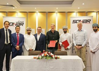 Albwardy Damen and Sohar Ports managers gather to agree the new repair workshop facility