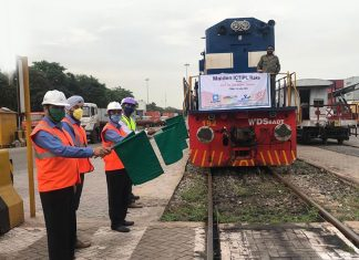 The maiden container train for ICD Jaipur being waved off from the VCT terminal