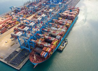 VCT recently broke its container productivity record when working on a Maersk vessel, Mexico