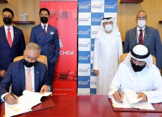 Sultan Ahmed Bin Sulayem, Group Chairman and CEO of DP World and Yogesh Mehta, CEO, Petrochem Middle East, signing the chemical terminal agreement in the presence of Abdulla Bin Damithan, CEO & Managing Director, DP World - UAE Region and Jafza.
