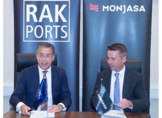 RAK Ports CEO, Roger Clasquin, and Monjasa CEO, Anders Østergaard, signing the strategic agreement in Ras Al Khaimah