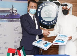 Jamal Abki, General Manager, Grandweld Shipyardsand Eng. Mubarak Al-Woqayan, CEO of Specialities Group Holdings, signing the tug contract